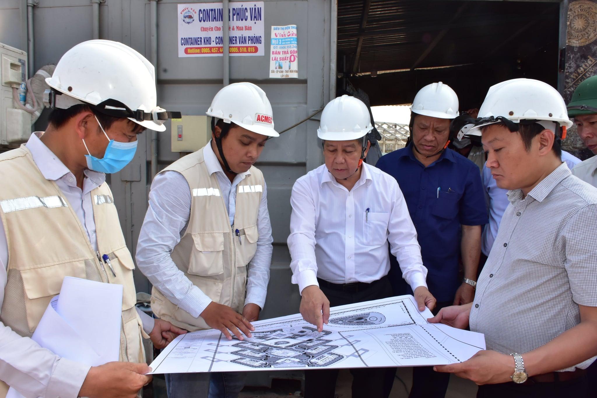 Ông Phan Ngọc Thọ kiểm tra tiến độ xây dựng dự án Hue Amusement & Beach Park.