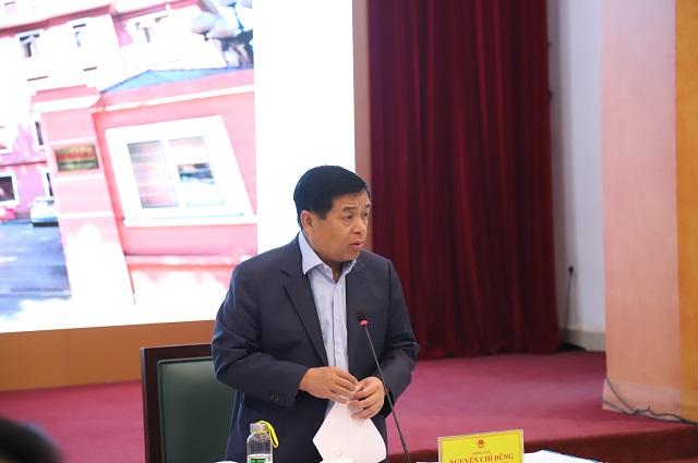 Bộ trưởng Bộ KH&ĐT Nguyễn Chí Dũng phát biểu tại cuộc họp