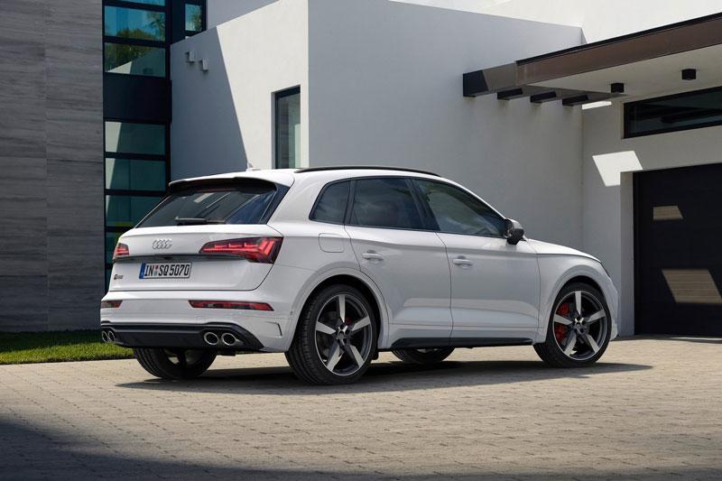 10. Audi SQ5.