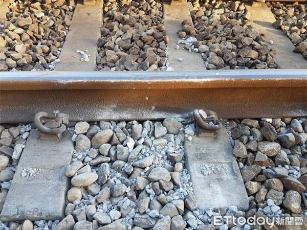 """4 đoàn tàu lửa liên tiếp gặp nạn """"ma ám"""" trên cùng một tuyến đường ray, nhiều người đã tìm hiểu và phát hiện sự thật biến thái - Ảnh 1."""