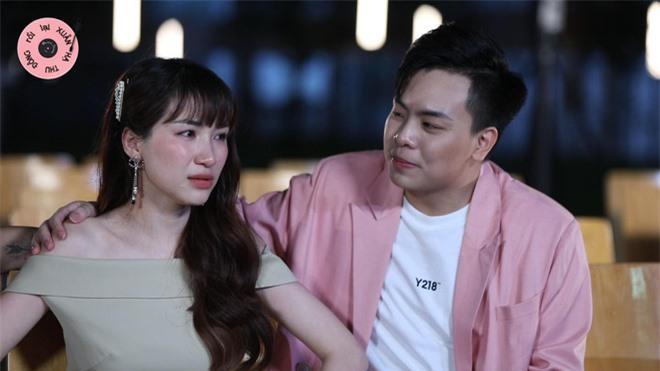 Hòa Minzy khóc nức nở, trời đổ mưa trong tập cuối Xuân Hạ Thu Đông Rồi Lại Xuân - Ảnh 1.