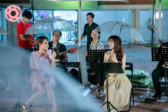 Hòa Minzy khóc nức nở, trời đổ mưa trong tập cuối Xuân Hạ Thu Đông Rồi Lại Xuân - Ảnh 3.