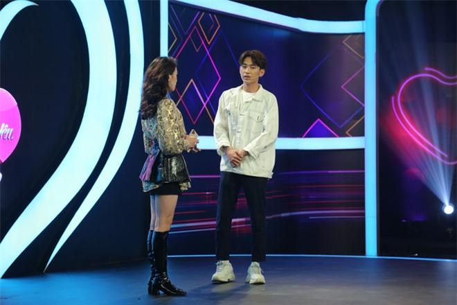 Vừa tìm được bạn gái trên show hẹn hò, bản sao Sơn Tùng M-TP lại lên show khác tỏ tình với Fanny Trần? - Ảnh 8.