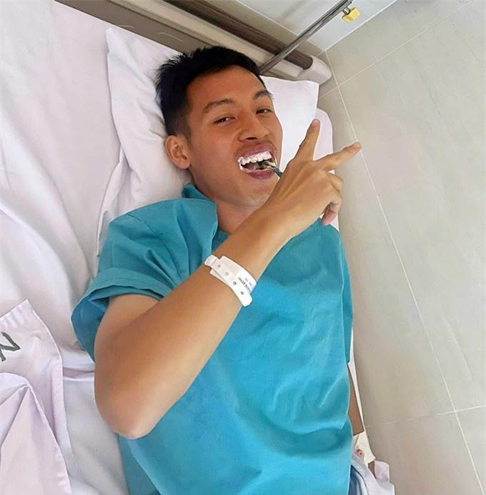 Hùng Dũng lạc quan sau ca phẫu thuật