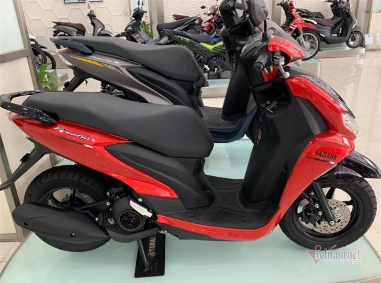 Xe máy Honda đồng loạt tăng giá, Yamaha kích cầu giảm mạnh