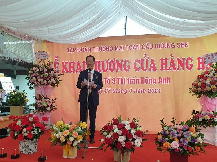 Anh hùng lao động Trần Văn Sen - Chủ tịch tập đoàn Hương Sen phát biểu tại lễ khai trương cửa hàng HS Shop đầu tiên tại Đông Anh.