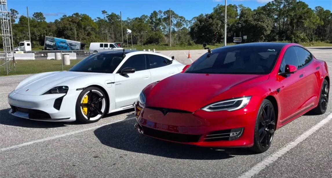 Tại sao xe ô tô điện nhanh hơn xe sử dụng động cơ đốt trong?