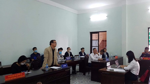 """vụ án """"Tranh chấp hợp đồng tín dụng"""" giữa nguyên đơn là bà Nguyễn Thị Định với bị đơn là Công ty cổ phần Khách sạn Hoàng Cung (Công ty Hoàng Cung)"""