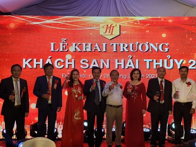 Lễ khai trương Khách sạn Hải Thủy 2 với nhiều cơ quan ban ngành đến dự
