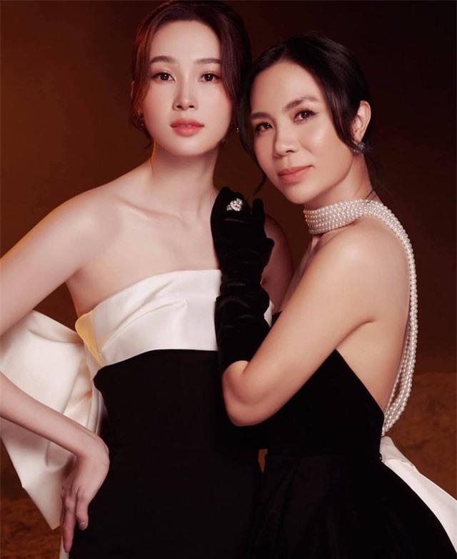 Chùm ảnh Hoa hậu Đặng Thu Thảo xinh đẹp, viên mãn tuổi 30 bên chồng và 2 con - Ảnh 13.