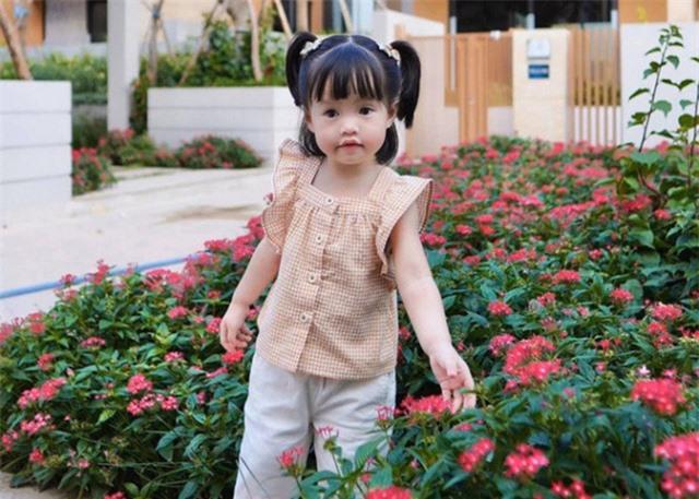 Chùm ảnh Hoa hậu Đặng Thu Thảo xinh đẹp, viên mãn tuổi 30 bên chồng và 2 con - Ảnh 15.