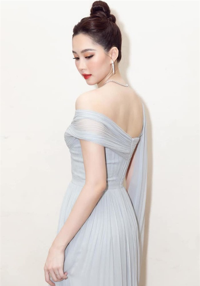 Chùm ảnh Hoa hậu Đặng Thu Thảo xinh đẹp, viên mãn tuổi 30 bên chồng và 2 con - Ảnh 4.