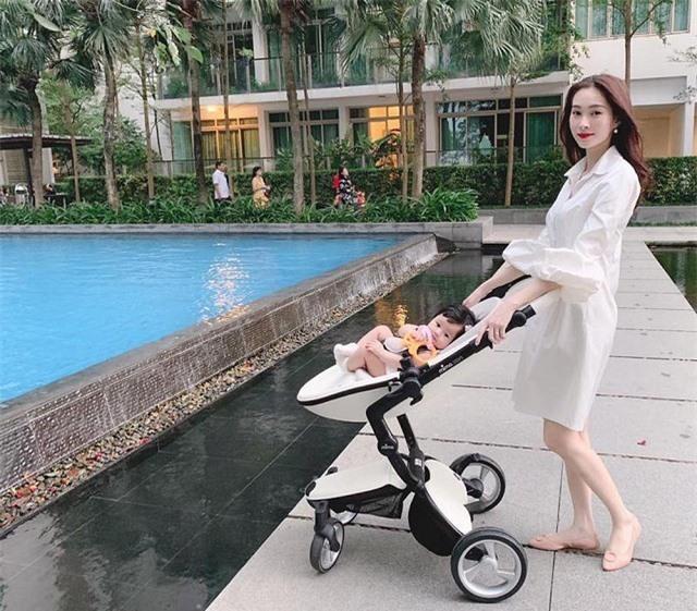 Chùm ảnh Hoa hậu Đặng Thu Thảo xinh đẹp, viên mãn tuổi 30 bên chồng và 2 con - Ảnh 6.
