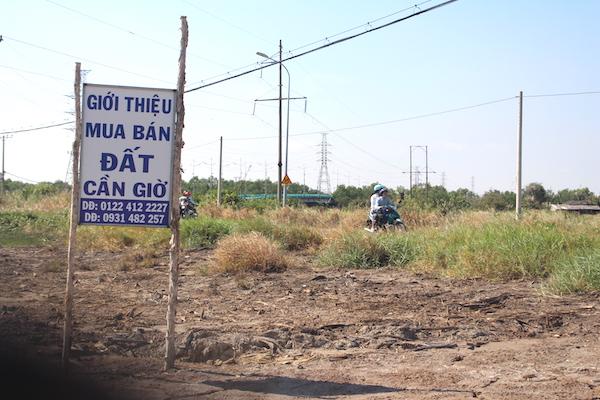 Giá đất 5 huyện ngoại thành cũng tăng chóng mặt sau thông tin quy hoạch lên quận được công bố