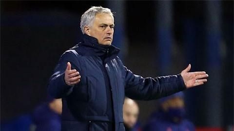 Mourinho không hài lòng về lịch thi đấu của Tottenham