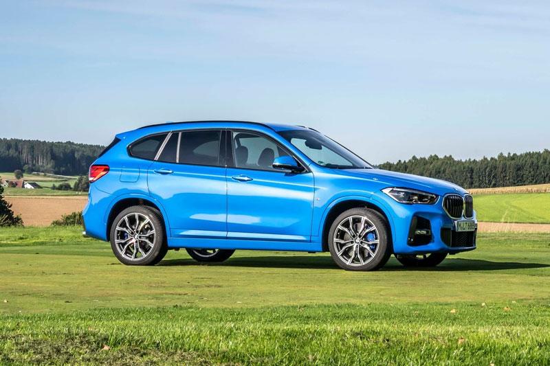 7. BMW X1 2021 (giá khởi điểm: 35.400 USD, điểm tổng thể: 8,4/10).