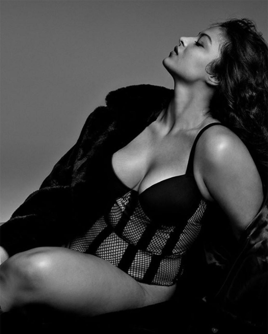 Người mẫu ngoại cỡ xinh đẹp được Victoria's Secret lăng xê nhiệt tình ảnh 13