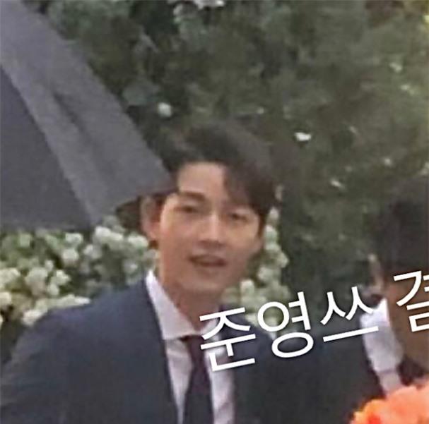 Song Joong Ki già nhiều sau gần hai năm ly hôn cùng Song Hye Kyo - Ảnh 2.