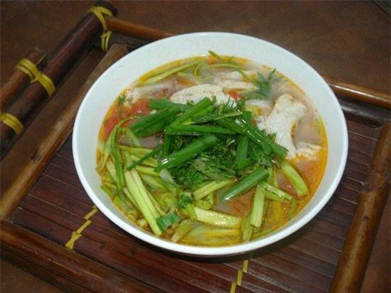Cong thuc lam canh chua ca khoai nau rau can danh cho mua he phunutoday.vn 7