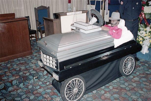 Kinh hãi 'trào lưu' người chết đến dự đám tang của chính mình ảnh 5