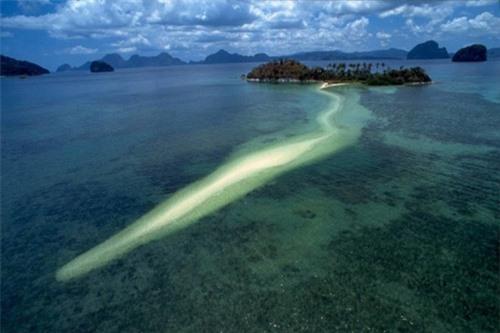 Vẻ đẹp siêu thực của đảo Rắn ở Đông Nam Á - 10