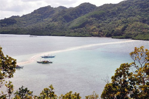 Vẻ đẹp siêu thực của đảo Rắn ở Đông Nam Á - 2