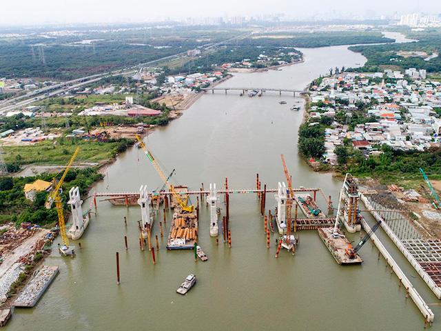 Dự án ngăn triều chống ngập có tổng mức đầu tư gần 10.000 tỷ đông đang loay hoay vì vướng thủ tục.