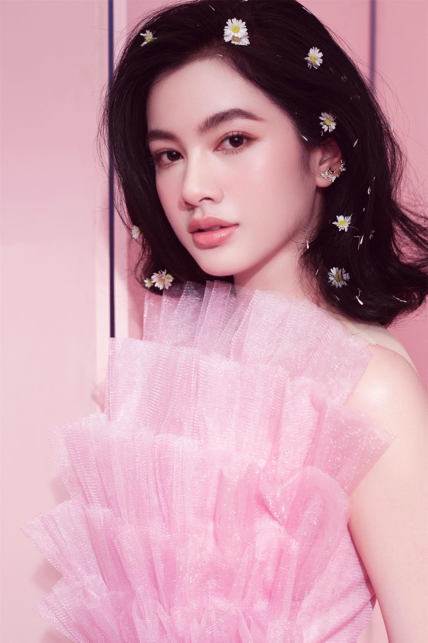 Người đẹp Cẩm Đan diện váy lưới xuyên thấu khoe body gợi cảm ảnh 12