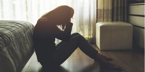 Phụ nữ mắc lạc nội mạc tử cung tiềm ẩn nguy cơ vô sinh.