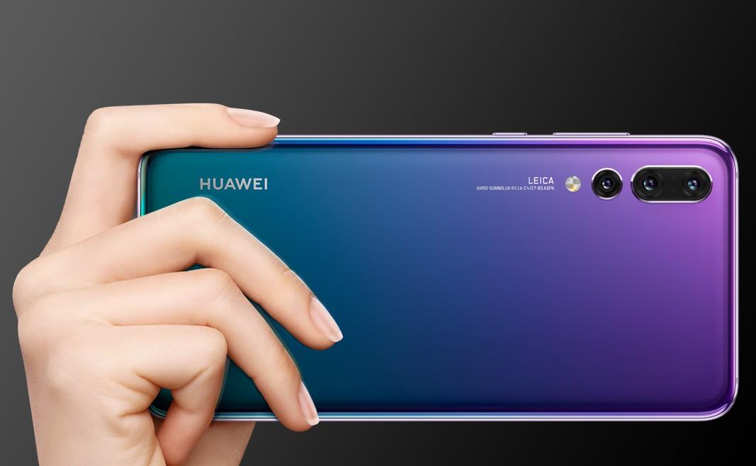 Tại Việt Nam, Huawei có giai đoạn khởi sắc từ cuối 2018, đầu 2019 - thị phần tiến gần sát tới Apple