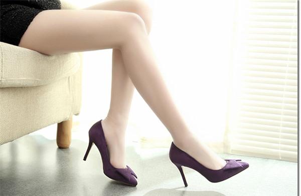 Đi giày cao gót nhiều gây hại cho sinh sản