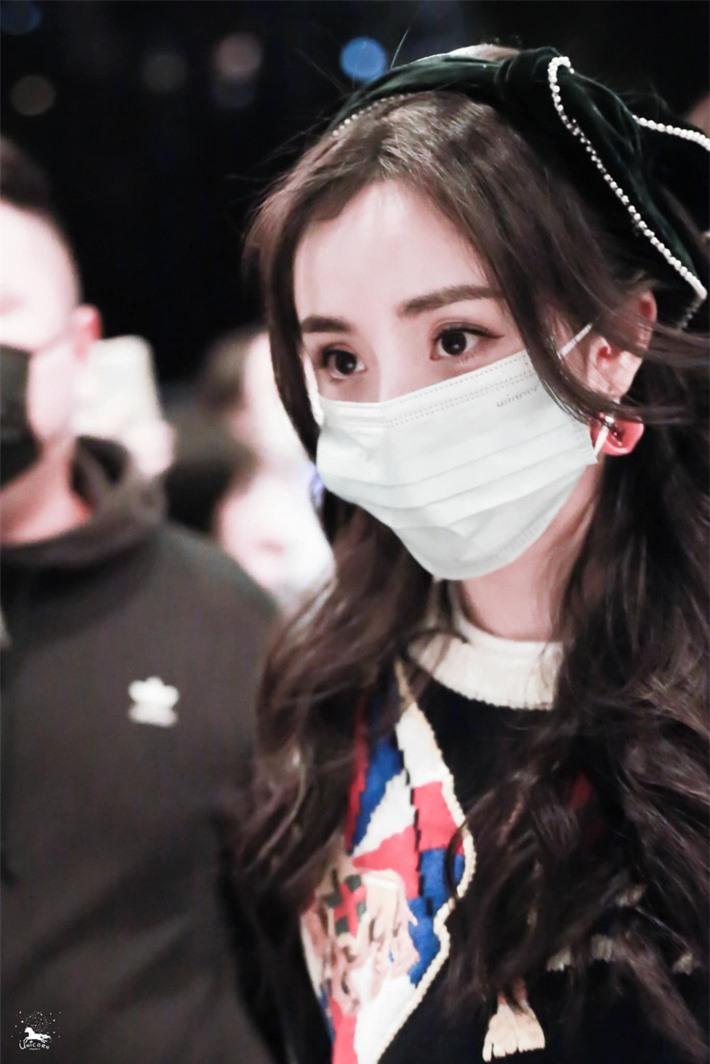 Dương Mịch cosplay truyện tranh gây sốt, ảnh cận đôi mắt to tròn khiến netizen thốt lên quá đẹp  - Ảnh 9.
