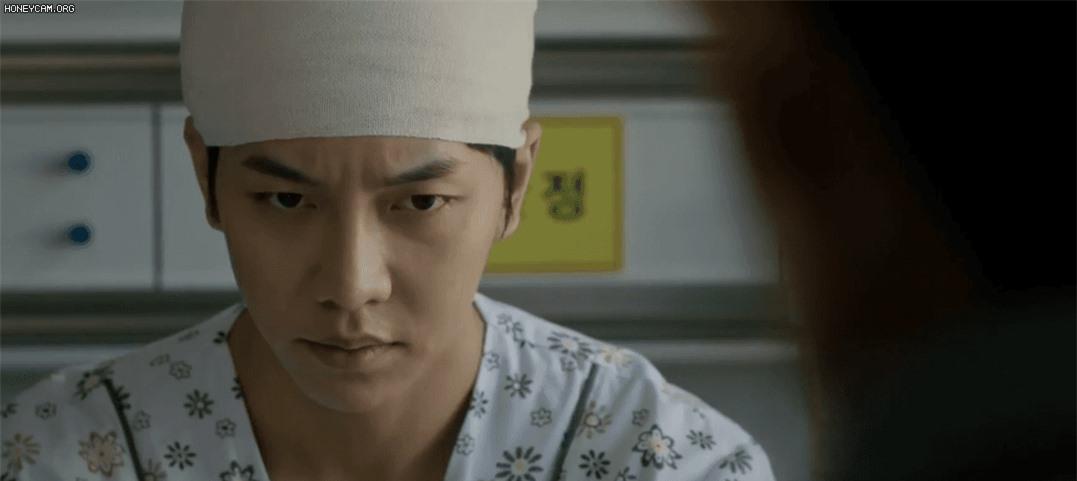Lee Seung Gi từ anh cảnh sát thật thà hóa kẻ săn người điên loạn trong poster mới của Mouse - Ảnh 5.