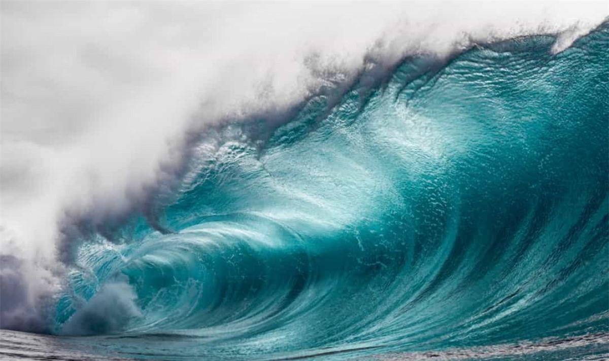 """The Telegraph cũng cho biết Mỹ và New Zealand đã thử hàng nghìn quả """"bom sóng thần"""" nhằm phá hủy các thành phố ven biển."""