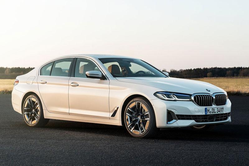 10. BMW (doanh số: 336.434 chiếc).