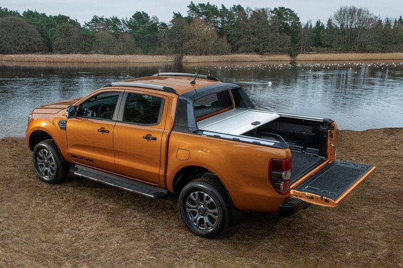 4. Ford (doanh số: 589.167 chiếc).