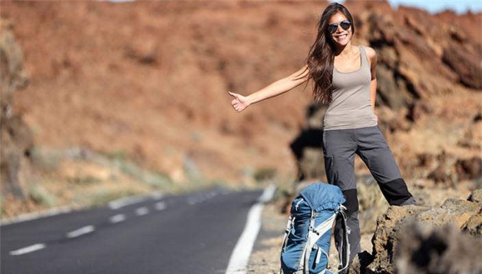 5 món phụ kiện đi du lịch hợp thời trang bạn nên sắm ngay