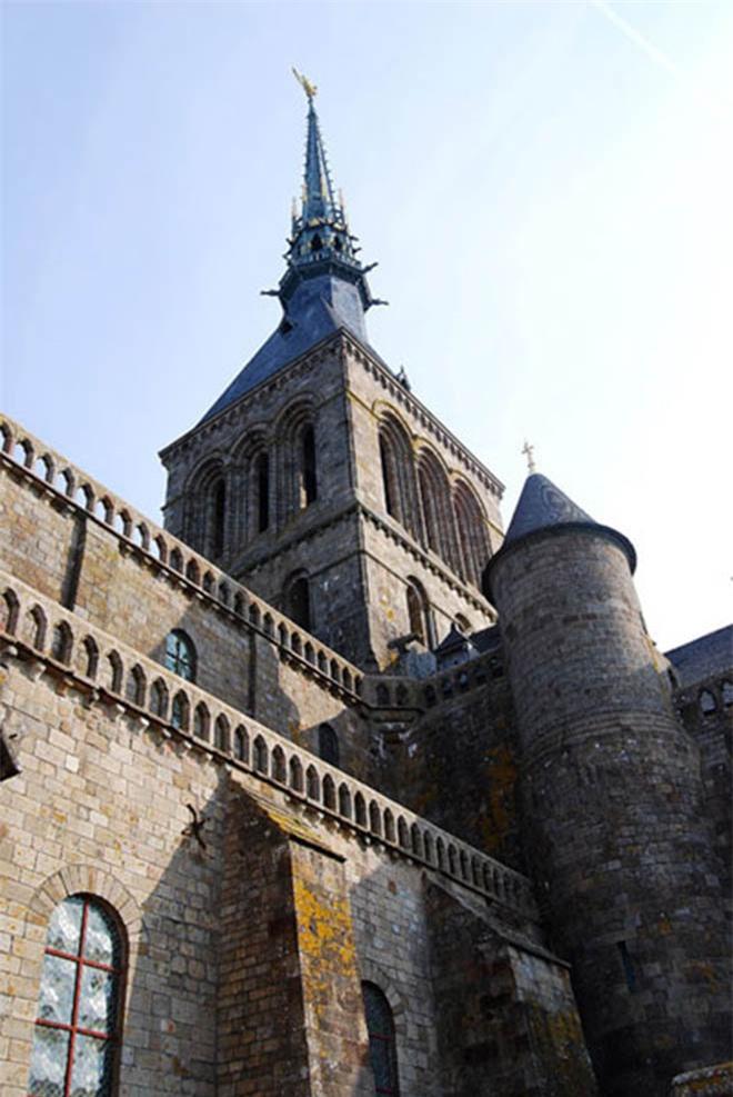 Mont Saint Michel - hòn đảo lâu đài của những giấc mơ - 10