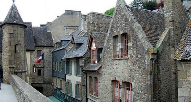 Mont Saint Michel - hòn đảo lâu đài của những giấc mơ - 8