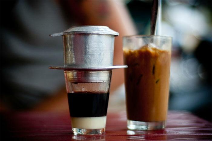 Ăn sáng bằng cà phê dễ gây đau dạ dày