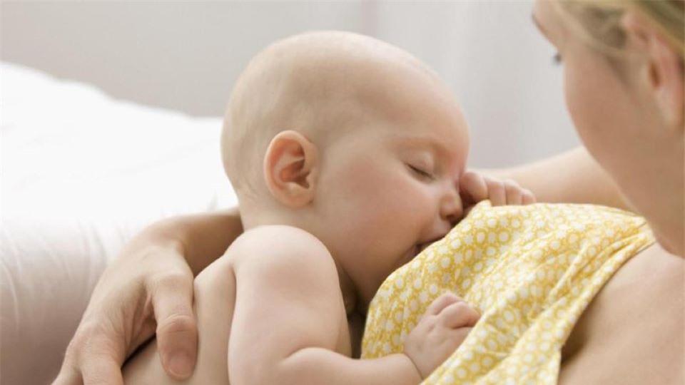 Cách gọi sữa về sau sinh mổ cực nhanh và hiệu quả