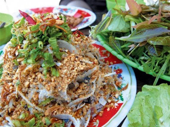 Nhung dac san dan da cua Quang Binh khien du khach me man-Hinh-8