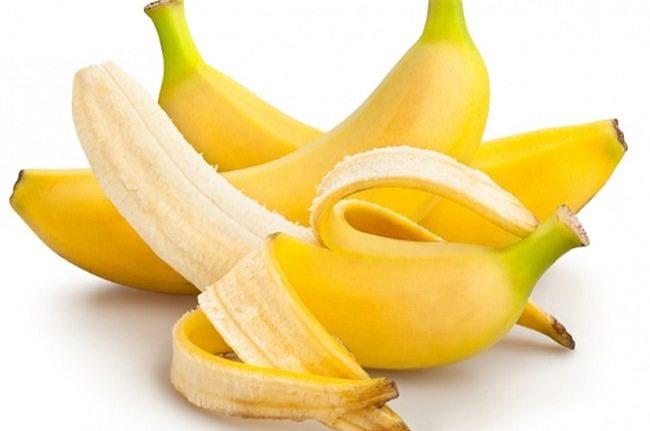 085459_good-reasons-to-eat-a-banana-today-650x431