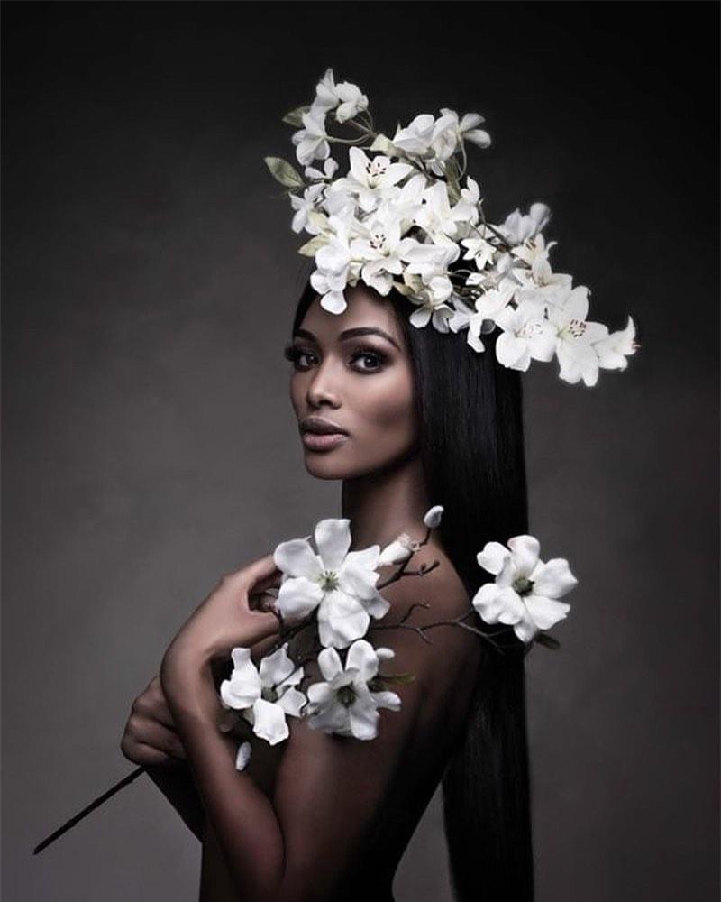 Sắc vóc quyến rũ của chuyên gia làm tóc vừa đăng quang Hoa hậu Bỉ ảnh 4