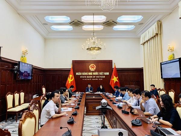 Phiên họp triển khai giải pháp giữa Tổ công tác của VietinBank và NHNN Việt Nam.