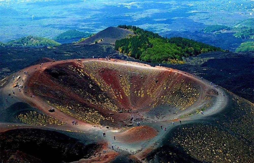 13 ngọn núi lửa nguy hiểm nhất thế giới-10