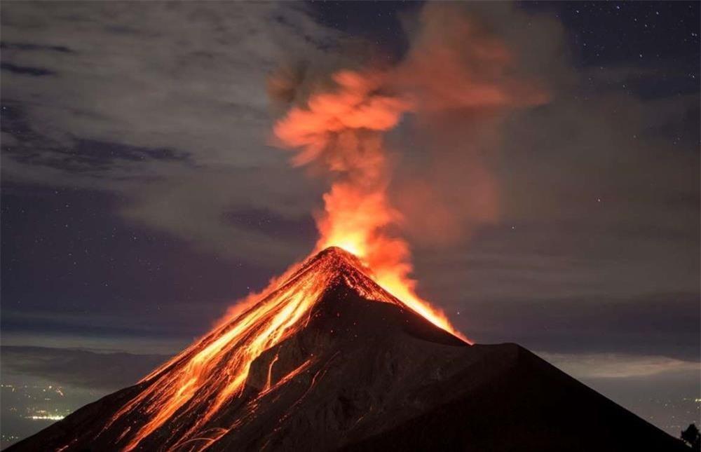 13 ngọn núi lửa nguy hiểm nhất thế giới-13