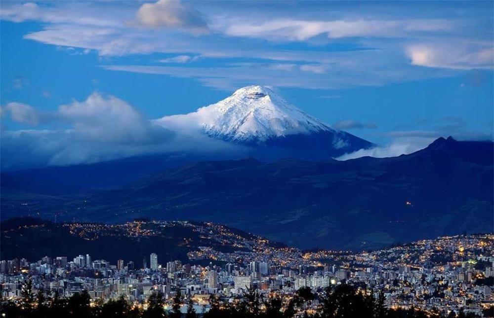 13 ngọn núi lửa nguy hiểm nhất thế giới-7