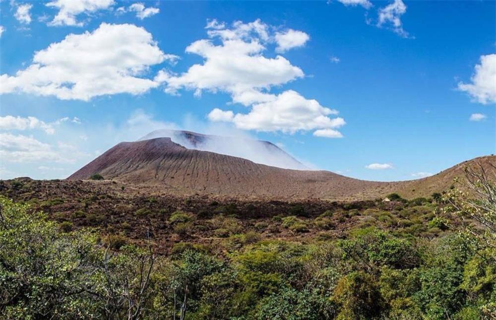 13 ngọn núi lửa nguy hiểm nhất thế giới-9