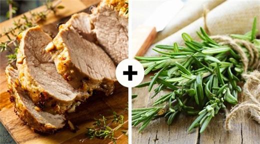 Thịt kết hợp với hương thảo
